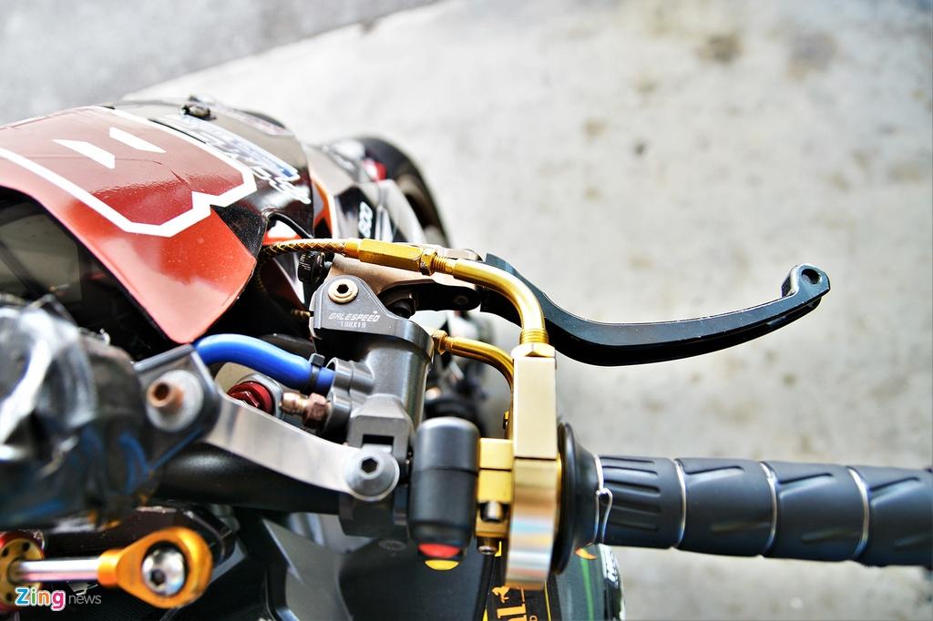 Nakedbike Kawasaki Z800 do thanh phien ban xe dua chuyen nghiep hinh anh 6