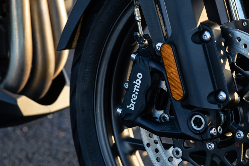 Moto phuot Triumph Tiger 1200 ra mat ban dac biet manh 140 ma luc hinh anh 4 3_TriumpTiger1200.jpg
