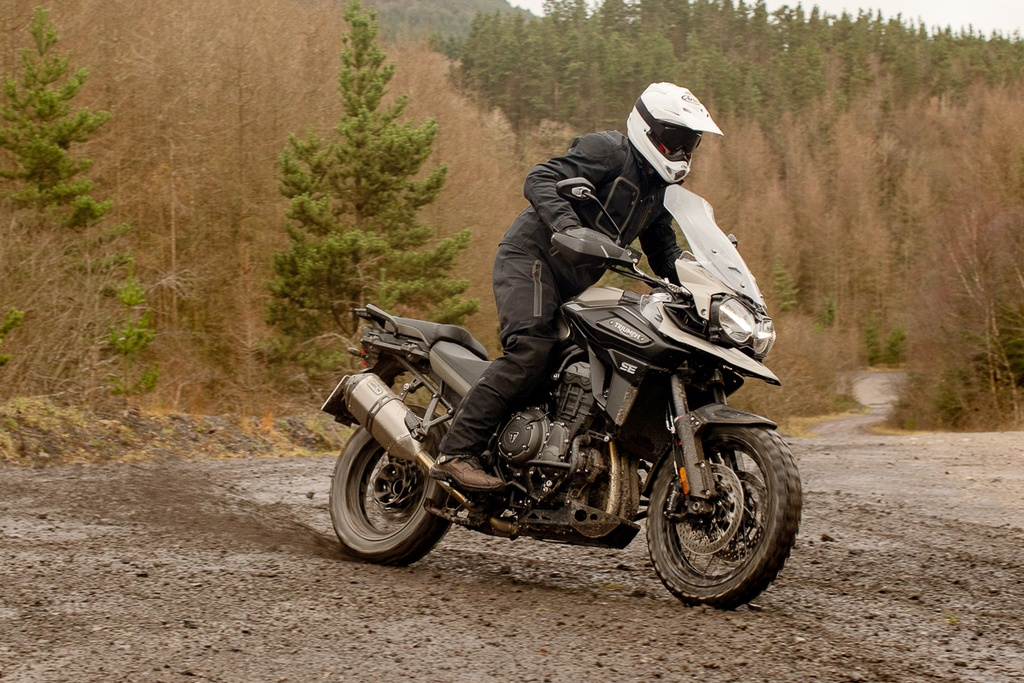 Moto phuot Triumph Tiger 1200 ra mat ban dac biet manh 140 ma luc hinh anh 2 7_TriumpTiger1200.jpg