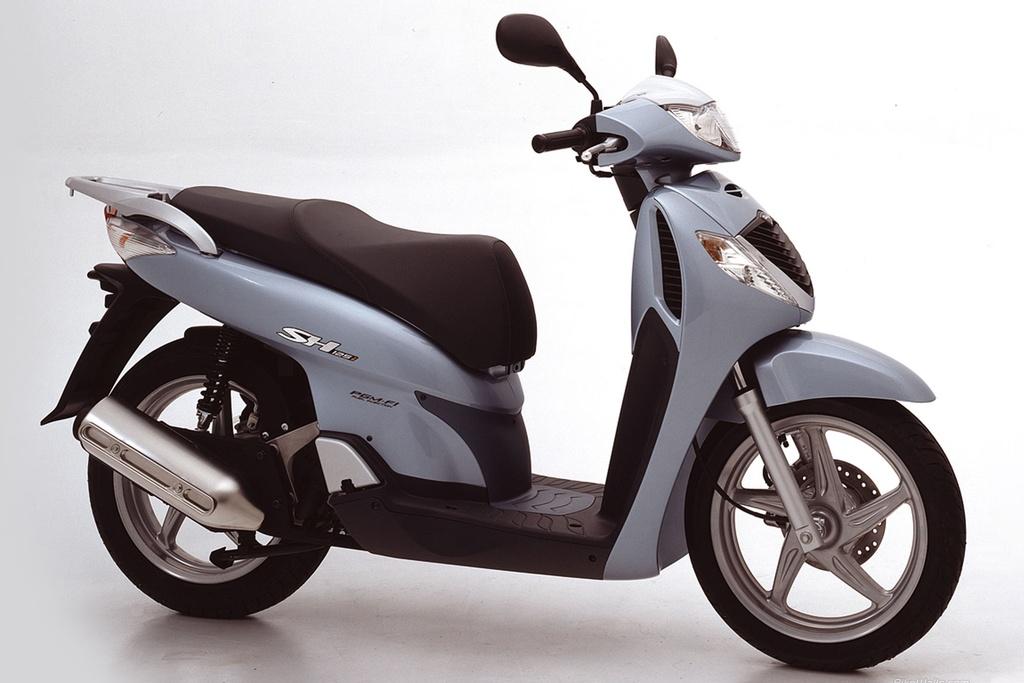 Honda SH tai VN thay doi the nao sau gan 20 nam? hinh anh 2