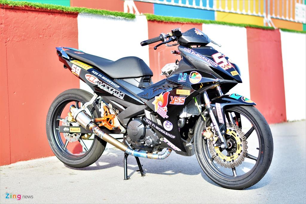 Yamaha Exciter 150 thay doi ra sao de bien thanh xe dua? hinh anh 1