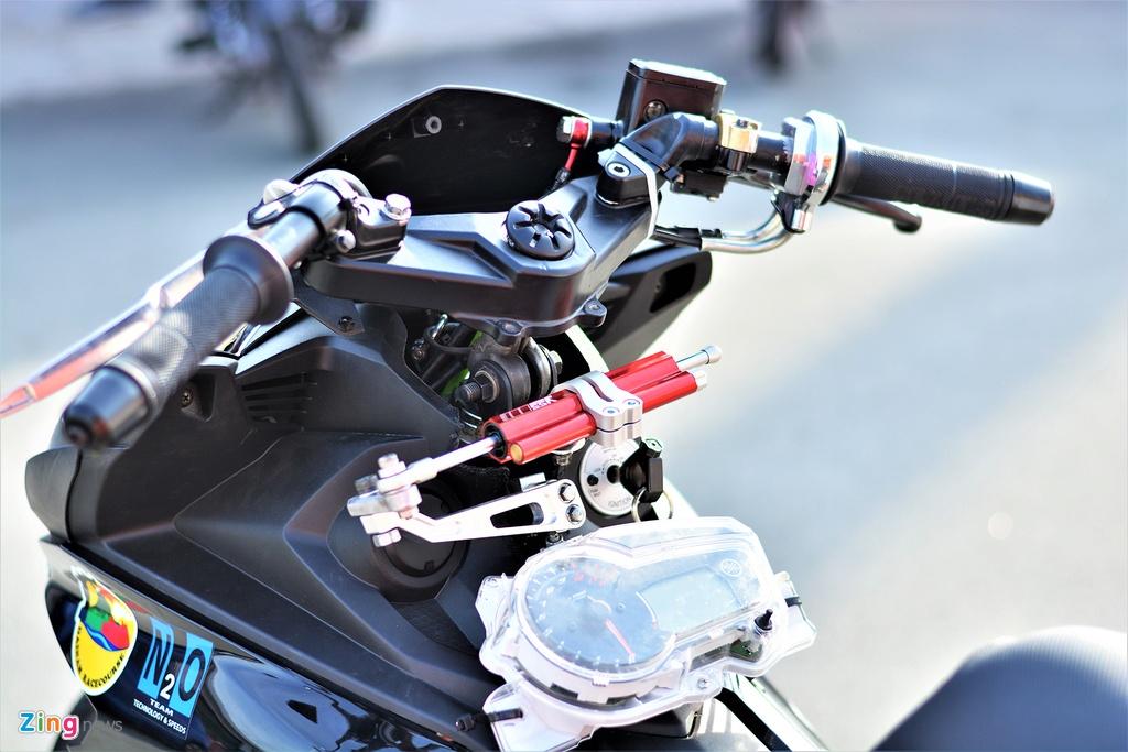 Yamaha Exciter 150 thay doi ra sao de bien thanh xe dua? hinh anh 4