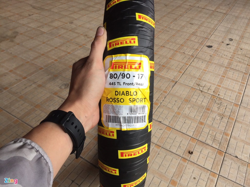 Lop Pirelli Rosso Sport cho xe pho thong - the thao, gia re, kem ben hinh anh 1 2_Rosso_Sport_zing.jpg