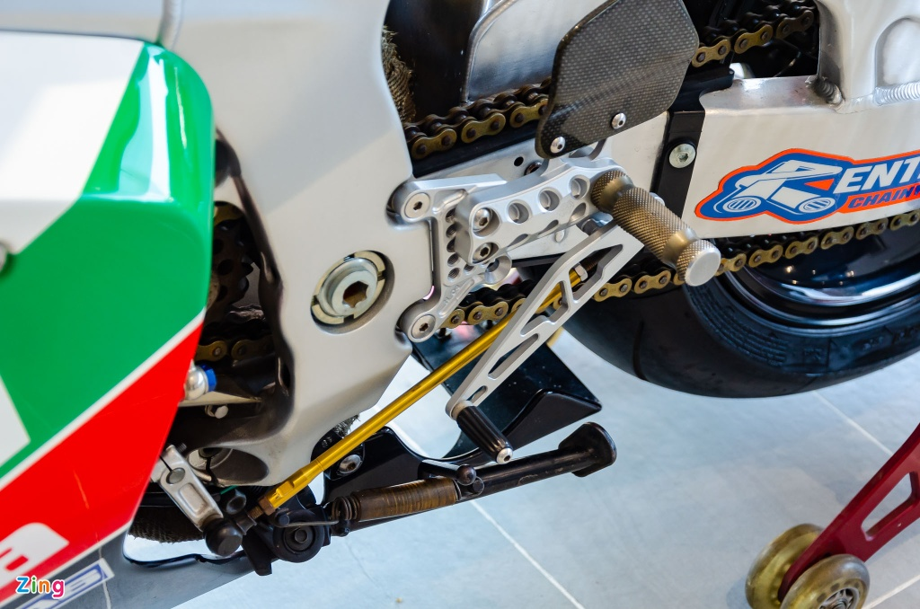 Chi tiet moto dua chay pho Honda VTR 1000 RC51 SP2 doc nhat VN hinh anh 6 Honda_VTR1000_SP2_Zing_13_.jpg