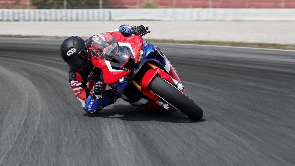 Honda CBR1000RR-R 2021 Fireblade SP lo dien, gia tu 28.000 USD hinh anh 2 2021_honda_cbr1000rr_r_fireblade_sp.jpg
