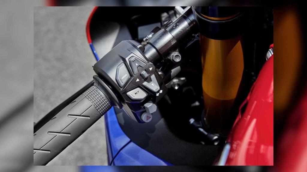 Honda CBR1000RR-R 2021 Fireblade SP lo dien, gia tu 28.000 USD hinh anh 4 2021_honda_cbr1000rr_r_fireblade_sp_4_.jpg