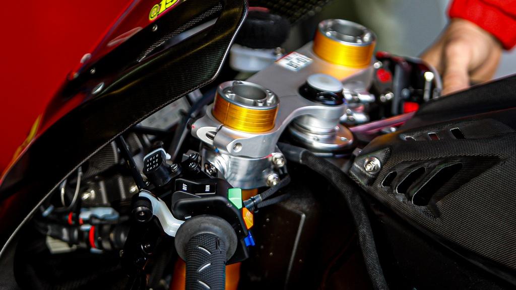 Honda CBR1000RR-R phien ban dua - nhe va manh hon hinh anh 4 2020_Honda_CBR1000RR_RW_5.jpg