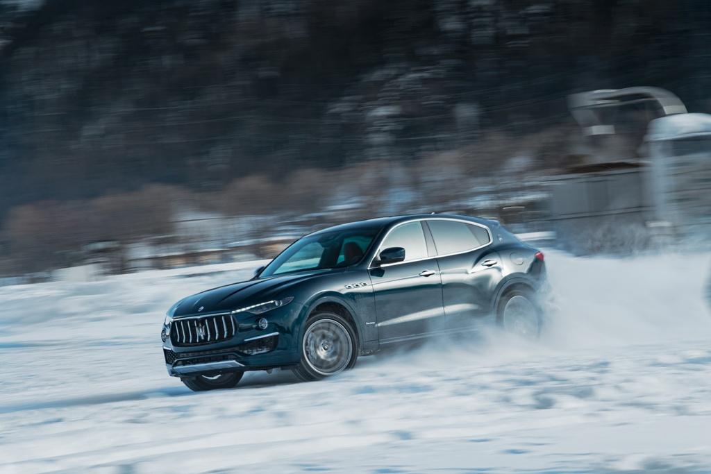 Maserati ra mat 3 mau xe cuc hiem, gia tu 103.000 USD hinh anh 2 maserati_levante_royale_snow_polo_wc_4.jpg