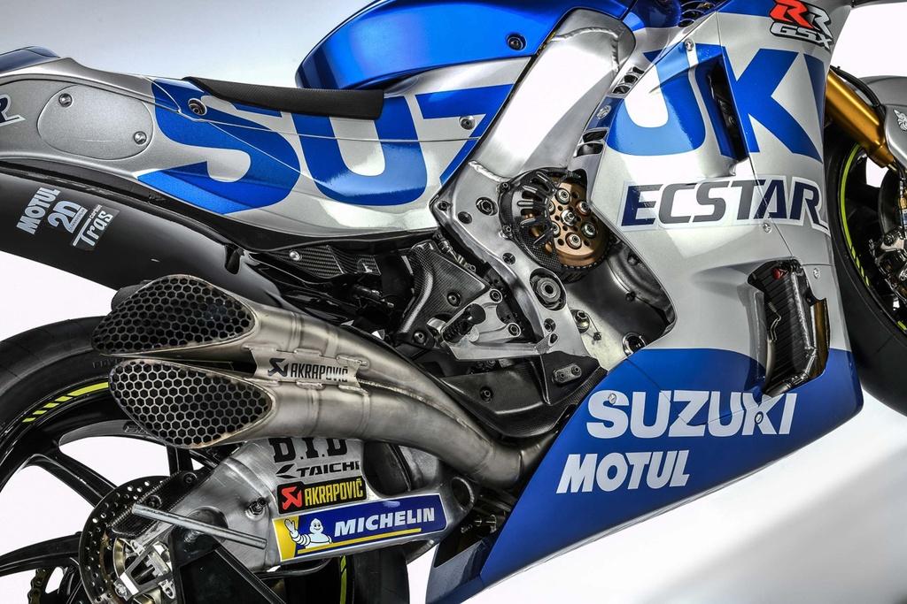 Suzuki trinh lang xe dua MotoGP 2020 - thay doi kieu dang lan mau sac hinh anh 4 team_suzuki_ecstar_2020_livery_gsx_rr_motogp_2.jpg