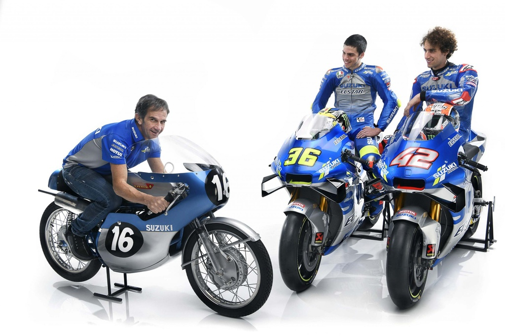 Suzuki trinh lang xe dua MotoGP 2020 - thay doi kieu dang lan mau sac hinh anh 3 team_suzuki_ecstar_2020_livery_gsx_rr_motogp_3.jpg