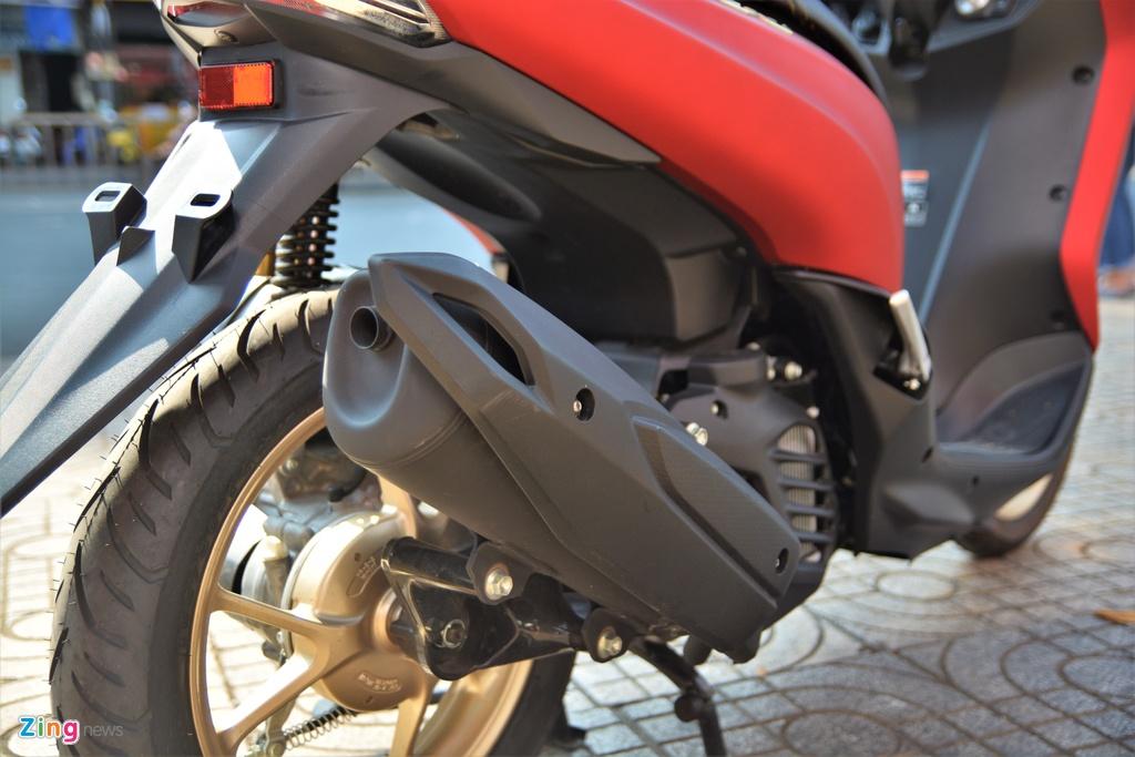 Yamaha LEXi tai Viet Nam - kieu dang la mat, doi thu cua Honda PCX hinh anh 15 16_LEXI_zing.jpg