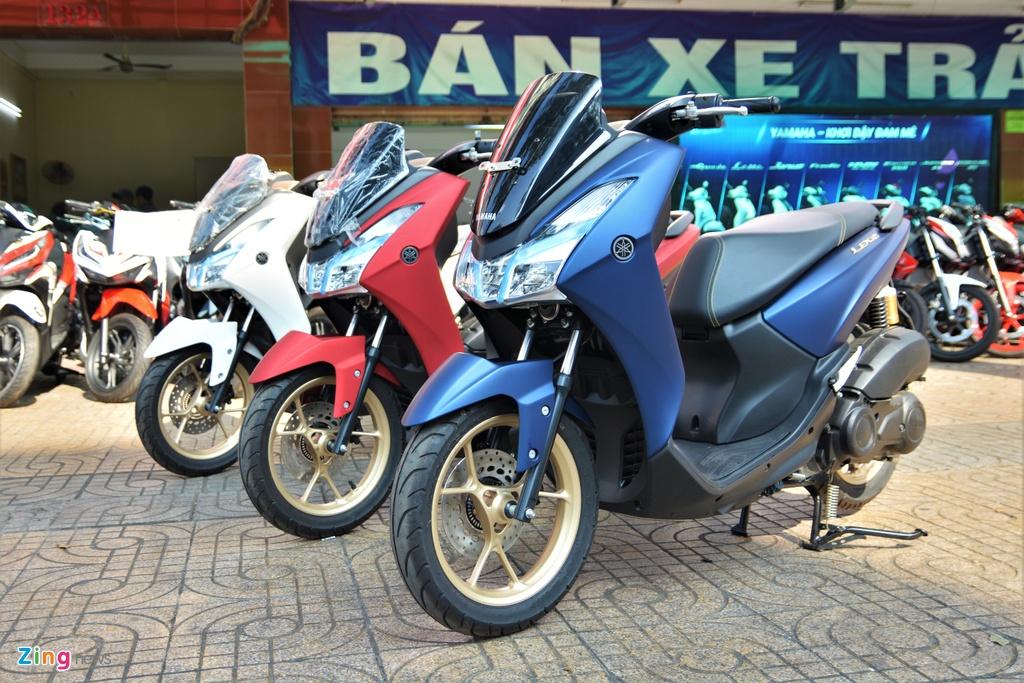 Yamaha LEXi tai Viet Nam - kieu dang la mat, doi thu cua Honda PCX hinh anh 16 17_LEXI_zing.jpg
