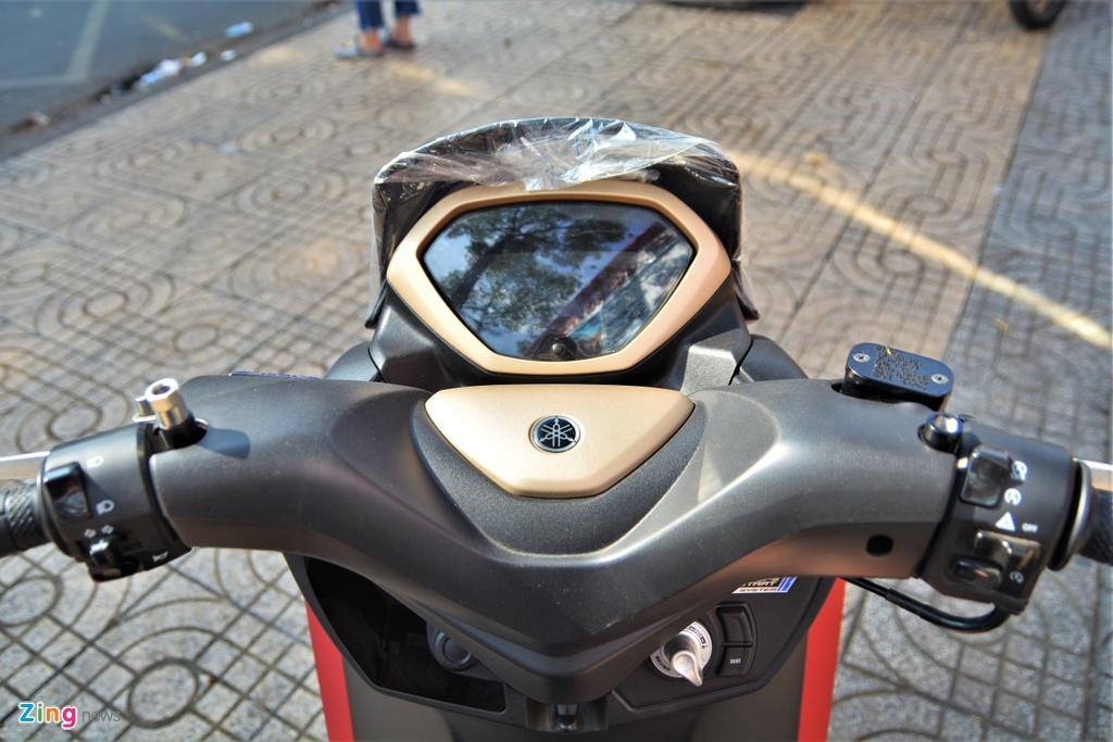 Yamaha LEXi tai Viet Nam - kieu dang la mat, doi thu cua Honda PCX hinh anh 5 4_LEXI_zing.jpg