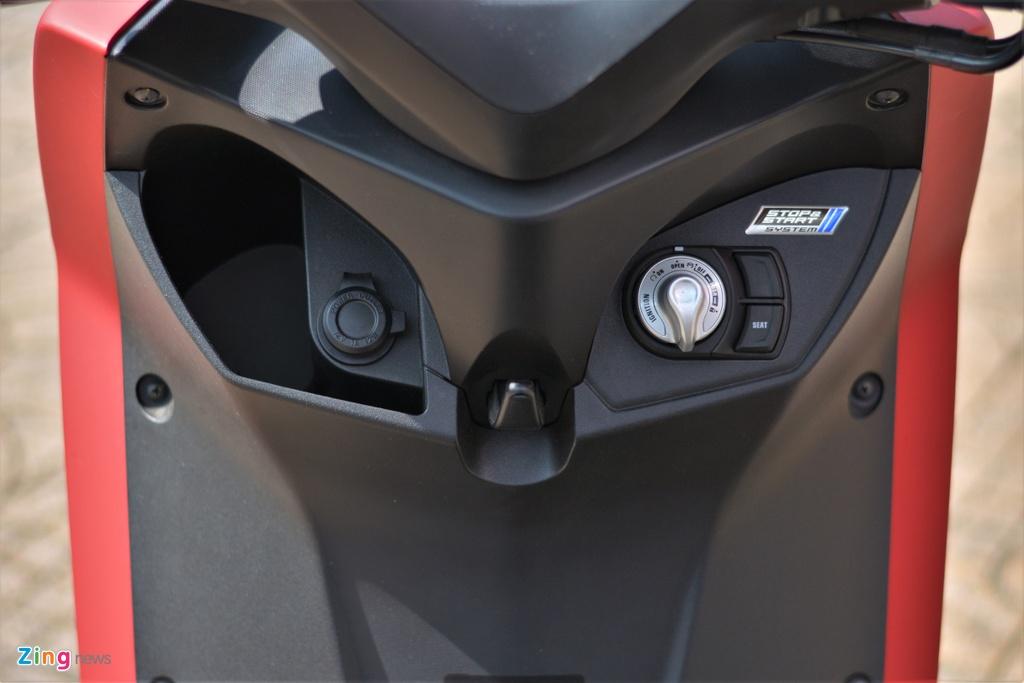Yamaha LEXi tai Viet Nam - kieu dang la mat, doi thu cua Honda PCX hinh anh 8 7_LEXI_zing.jpg