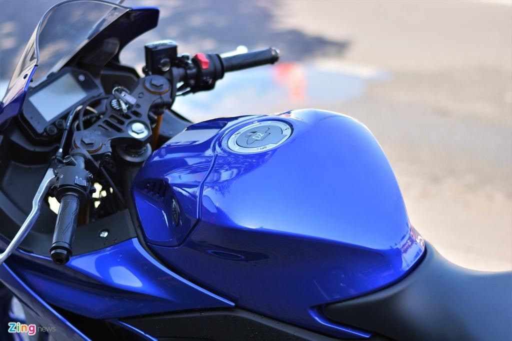 Chi tiet Yamaha YZF-R3 2020 tai VN - thay doi thiet ke, them cong nghe hinh anh 8 8_R32020_zing.jpg