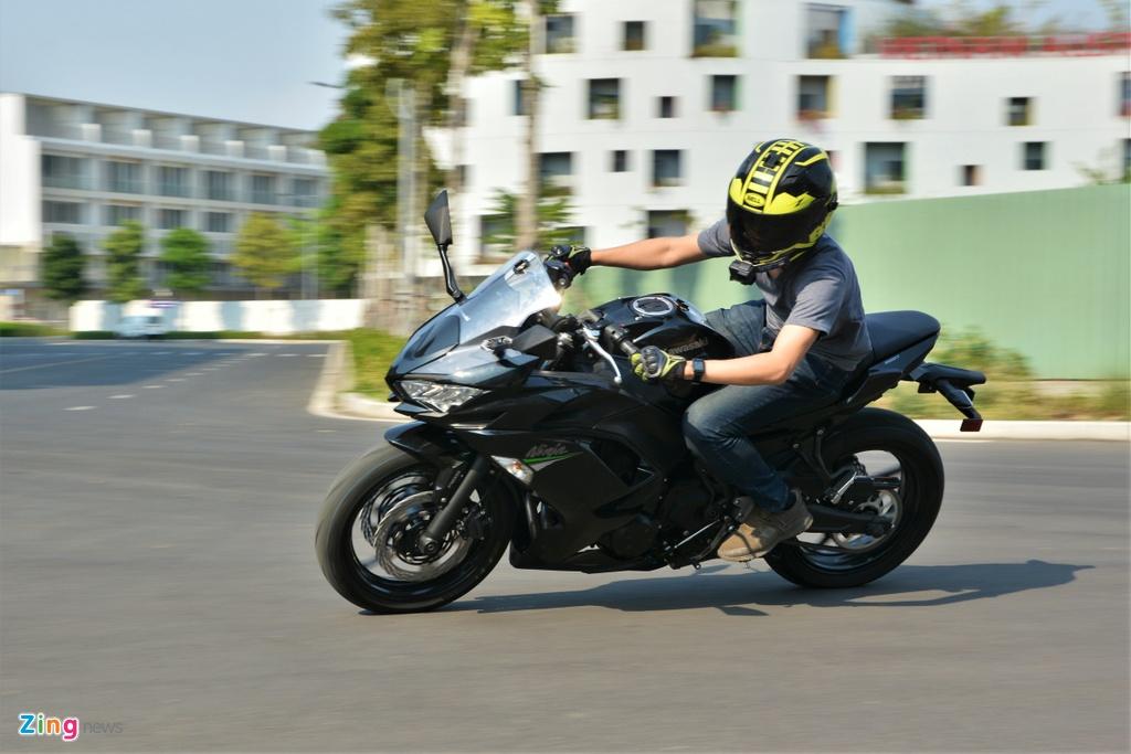 Danh gia Kawasaki Ninja 650 2020 - sportbike hien lanh hop chay pho hinh anh 6 8_Ninja650_zing.jpg