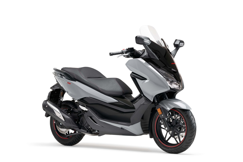 Honda  ra mat xe ga Forza 300 2020 hinh anh 1 2020_honda_forza_300_scooter_1.jpg