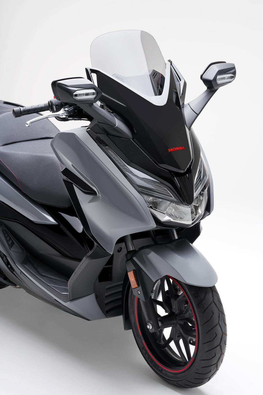 Honda  ra mat xe ga Forza 300 2020 hinh anh 4 2020_honda_forza_300_scooter_14.jpg
