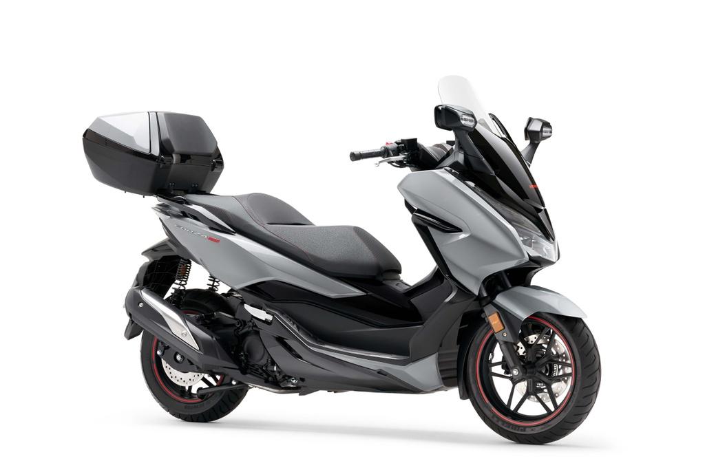 Honda  ra mat xe ga Forza 300 2020 hinh anh 2 2020_honda_forza_300_scooter_5.jpg