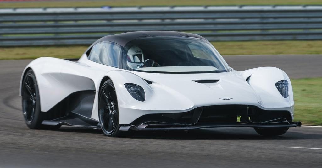 Aston Martin ra mat dong co manh hon 700 ma luc, nang chua den 200 kg hinh anh 1 Aston_Martin_Valhalla_1.jpg