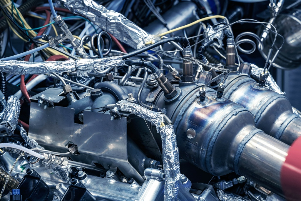 Aston Martin ra mat dong co manh hon 700 ma luc, nang chua den 200 kg hinh anh 5 Aston_Martins_new_3.0L_V6_Engine_6.jpg