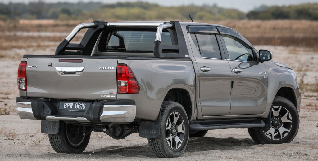 Ra mat Toyota Hilux the he moi - thay doi dien mao, tinh chinh dong co hinh anh 9 2_Hilux.jpg