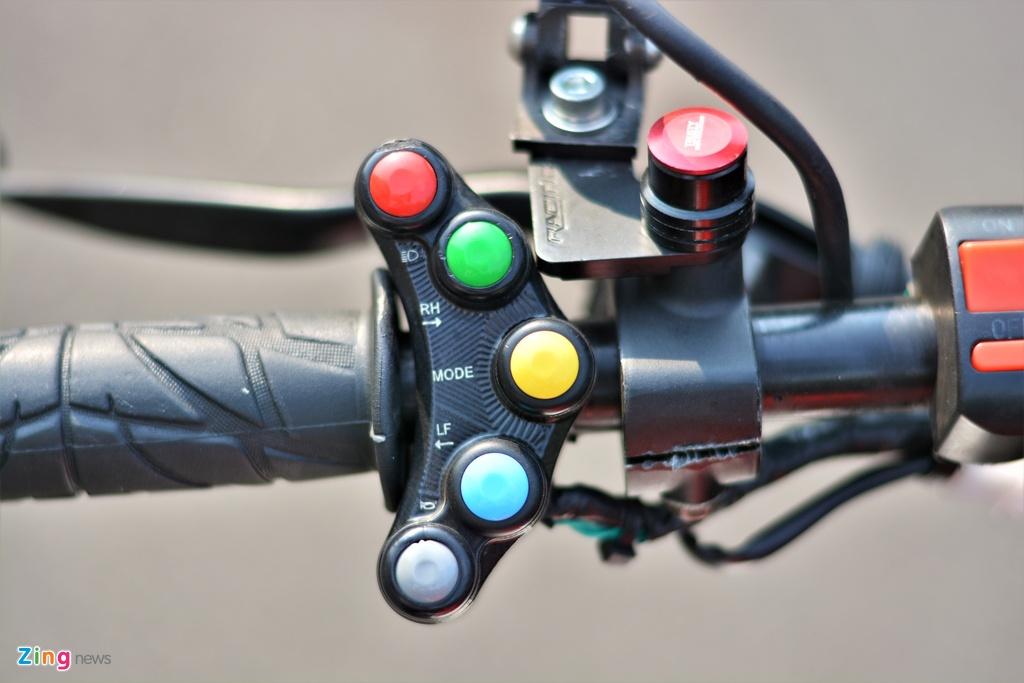 Yamaha TFX bien hoa thanh Ducati Hypermotard doc nhat VN anh 3