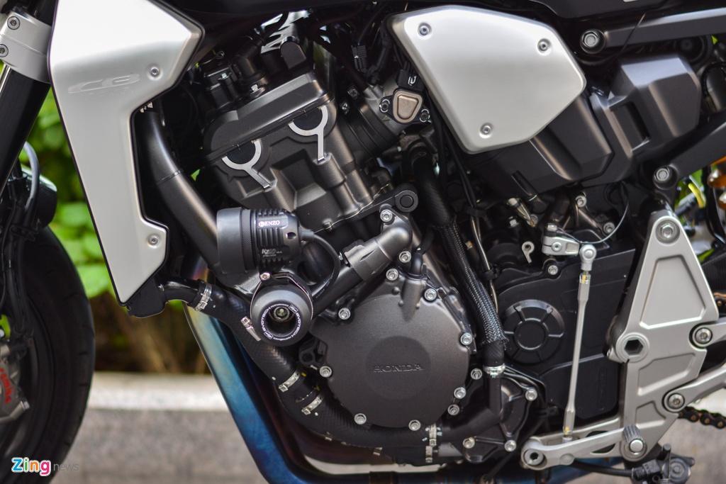 Honda CB1000R voi goi do 200 trieu tai TP.HCM hinh anh 10 11_CB1000R_zing.jpg