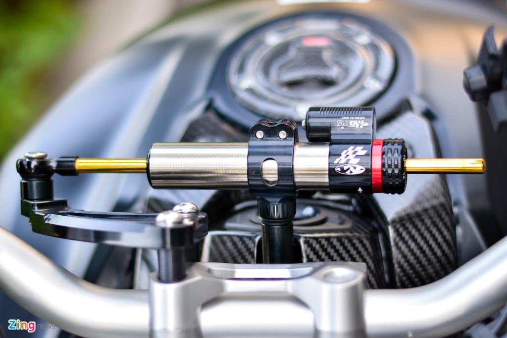Honda CB1000R voi goi do 200 trieu tai TP.HCM hinh anh 8 2_CB1000R_zing.jpg
