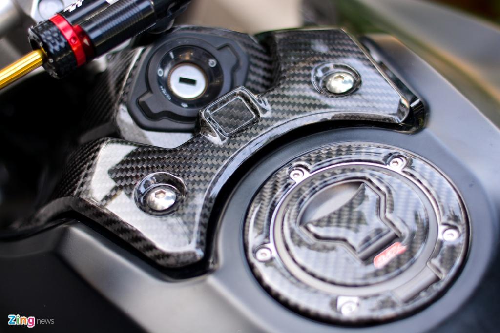 Honda CB1000R voi goi do 200 trieu tai TP.HCM hinh anh 7 3_CB1000R_zing.jpg