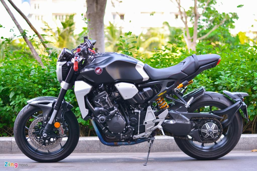 Honda CB1000R voi goi do 200 trieu tai TP.HCM hinh anh 2 7_CB1000R_zing.jpg