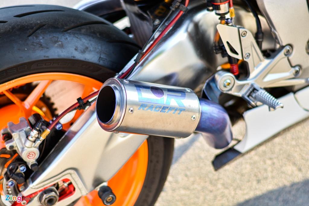 Honda CBR1000RR voi goi do hon 150 trieu cua dan choi TP.HCM hinh anh 13 10_HondaCBR1000RR_zing.jpg