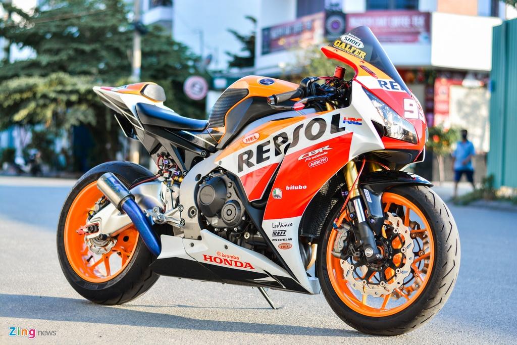 Honda CBR1000RR voi goi do hon 150 trieu cua dan choi TP.HCM hinh anh 16 16_HondaCBR1000RR_zing.jpg