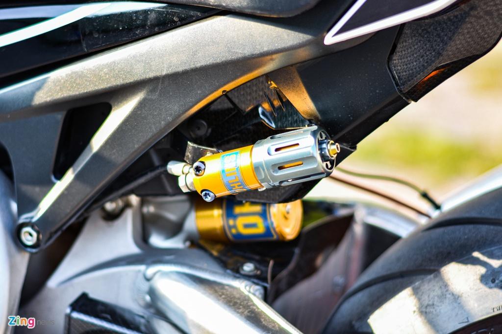Honda CBR1000RR voi goi do hon 150 trieu cua dan choi TP.HCM hinh anh 12 8_HondaCBR1000RR_zing.jpg