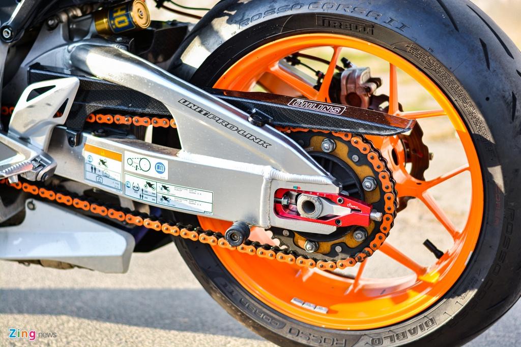 Honda CBR1000RR voi goi do hon 150 trieu cua dan choi TP.HCM hinh anh 11 9_HondaCBR1000RR_zing.jpg