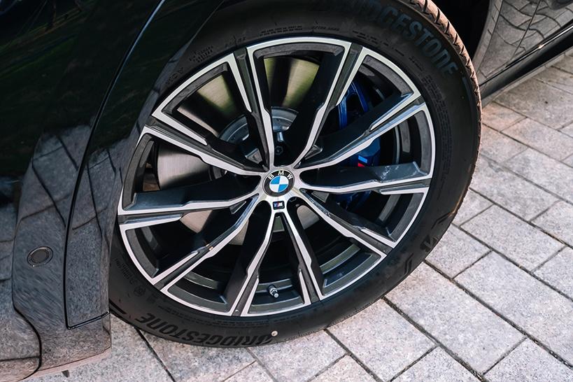 So sanh BMW X6 Viet Nam anh 4