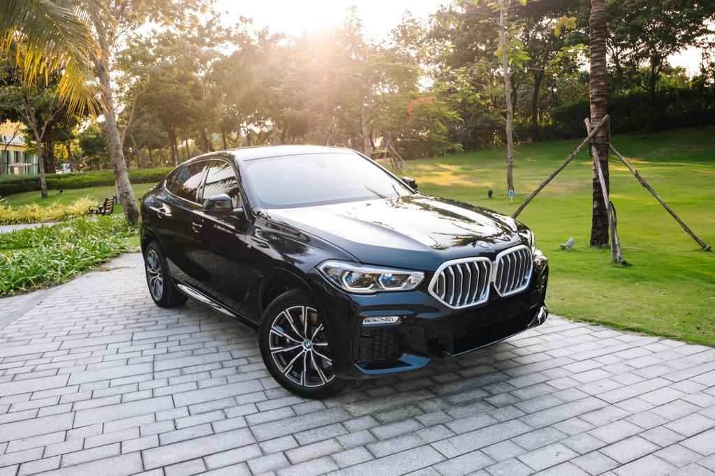 So sanh BMW X6 Viet Nam anh 16