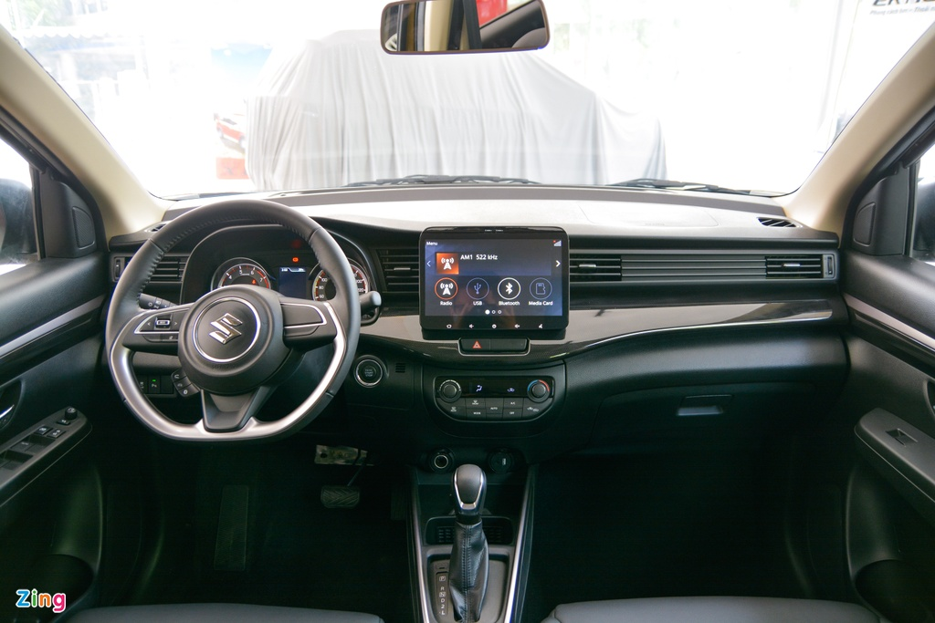Suzuki XL7 vua ve dai ly, SUV gia tu 589 trieu dong hinh anh 7 15_XL7_zing.jpg