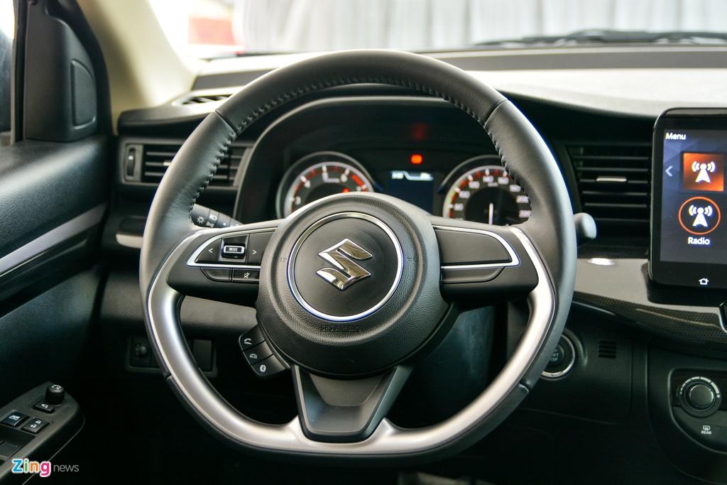 Suzuki XL7 vua ve dai ly, SUV gia tu 589 trieu dong hinh anh 8 16_XL7_zing.jpg