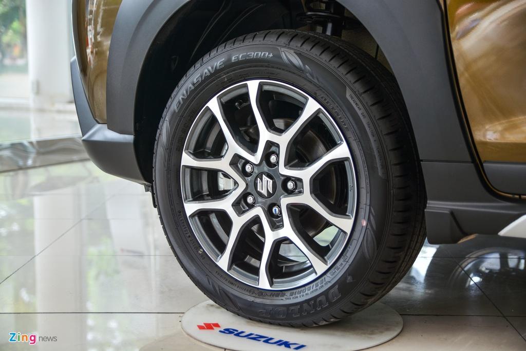 Suzuki XL7 vua ve dai ly, SUV gia tu 589 trieu dong hinh anh 4 6_XL7_zing.jpg