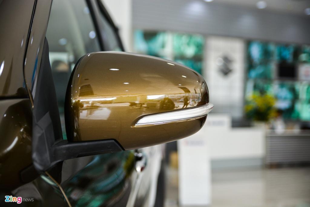 Suzuki XL7 vua ve dai ly, SUV gia tu 589 trieu dong hinh anh 5 7_XL7_zing.jpg