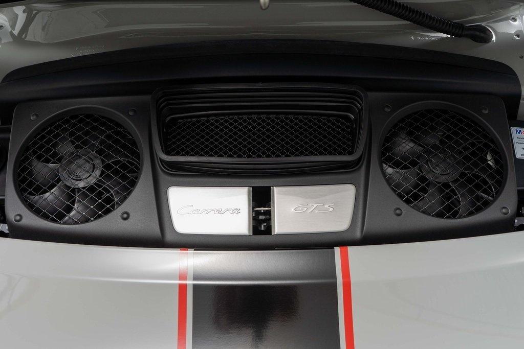 Chi tiet Porsche 911 Carrera GTS Rennsport Reunion anh 9