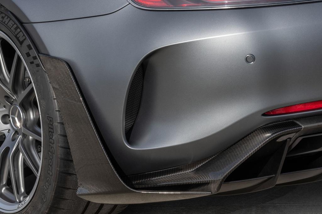 Ra mat Mercedes-AMG GT R Pro 2021 tai Australia,  gioi han 15 chiec anh 6