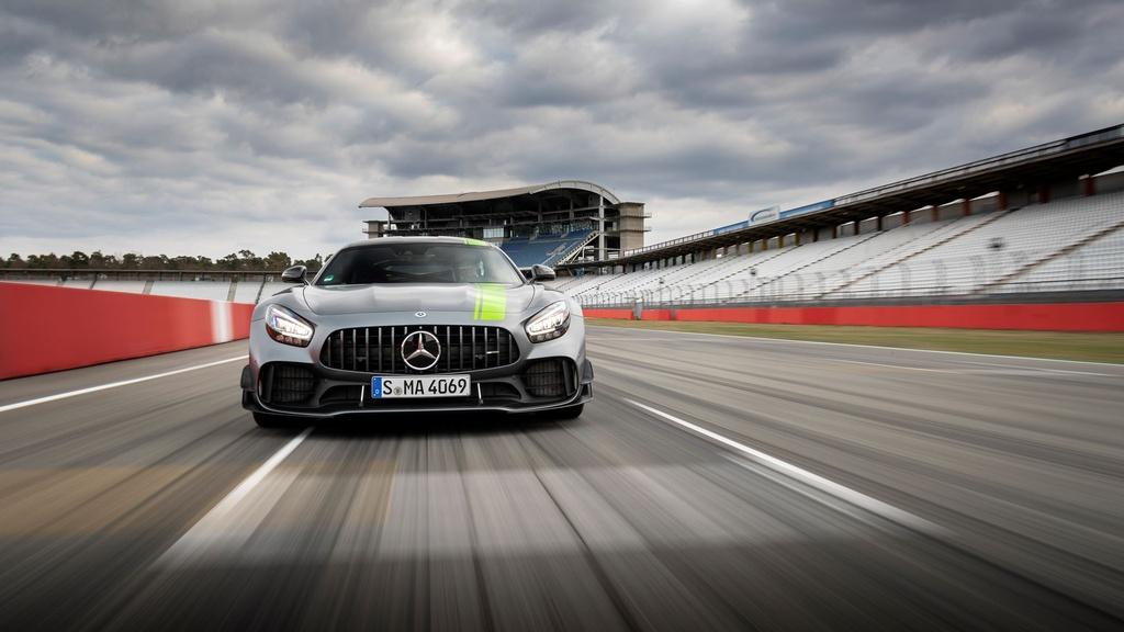Ra mat Mercedes-AMG GT R Pro 2021 tai Australia,  gioi han 15 chiec anh 2