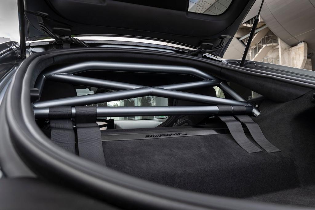 Ra mat Mercedes-AMG GT R Pro 2021 tai Australia,  gioi han 15 chiec anh 8