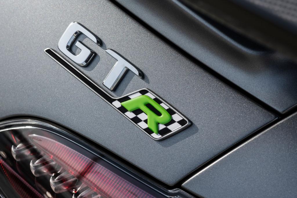 Ra mat Mercedes-AMG GT R Pro 2021 tai Australia,  gioi han 15 chiec anh 5