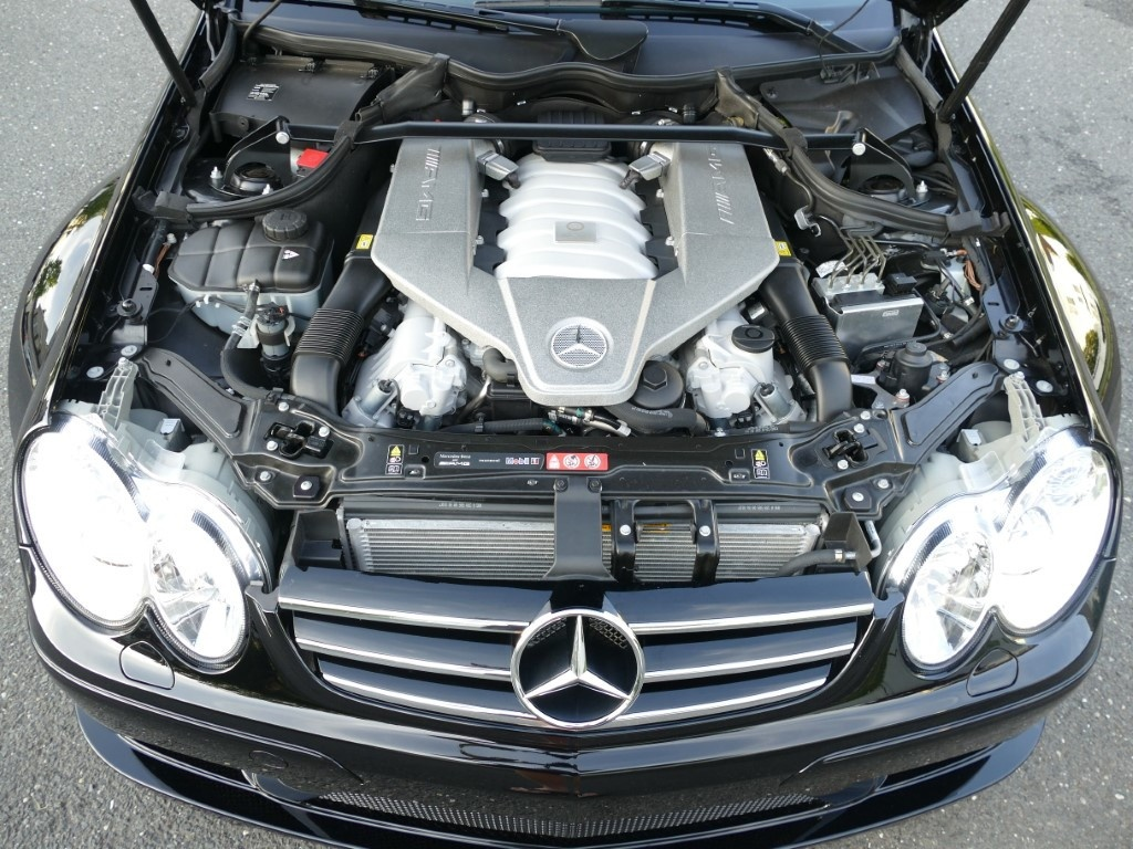 Mercedes-Benz CLK 63 AMG doi 2008 chay hon 2.500 km rao ban 95.000 USD anh 7
