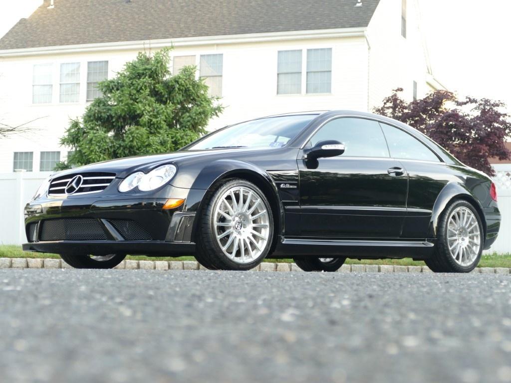 Mercedes-Benz CLK 63 AMG doi 2008 chay hon 2.500 km rao ban 95.000 USD anh 1