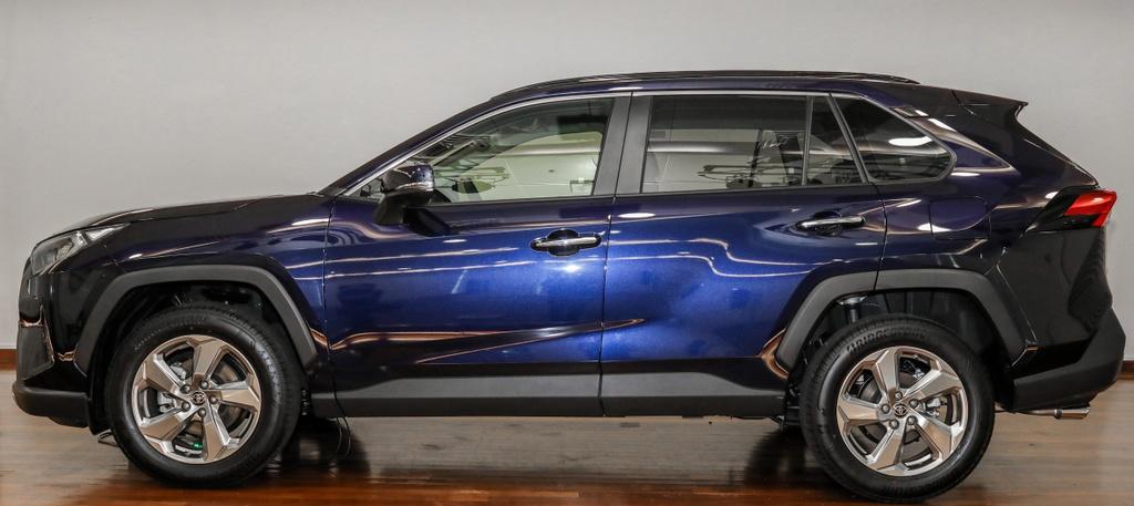 Toyota RAV4 2020 cap ben DNA - 2 phien ban,  gia tu 45.959 USD anh 2