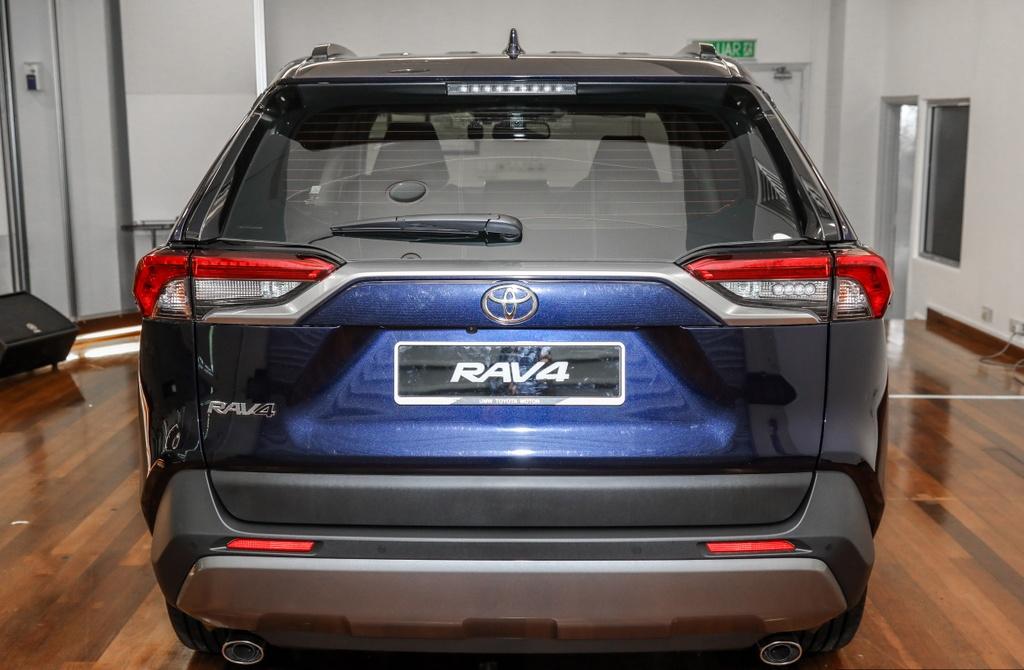 Toyota RAV4 2020 cap ben DNA - 2 phien ban,  gia tu 45.959 USD anh 5